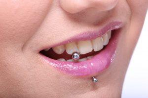 Piercing na boca: como manter a higiene bucal?