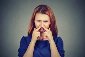 Conhece alguém que possui mau hálito? Leia e saiba como ajudar